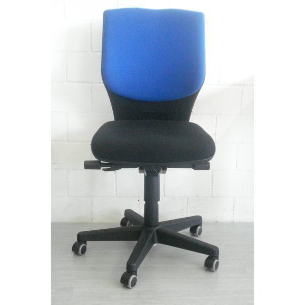 AUS0049_Cadrega Permanent blau