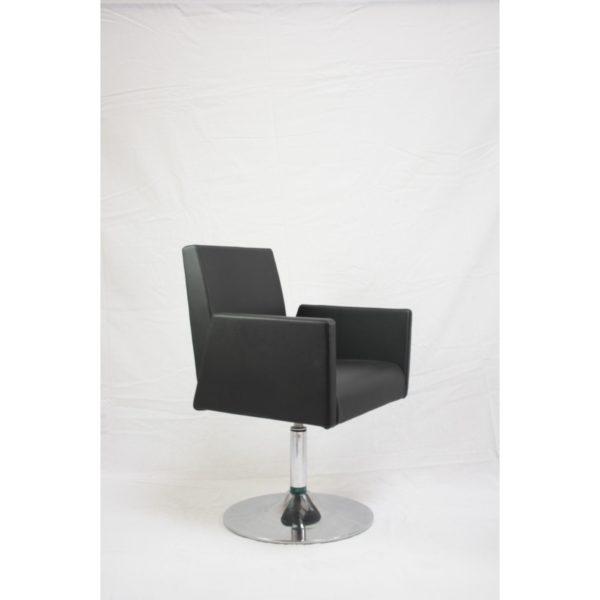 LAD0023_Lounge 9181