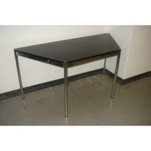 TISCH030_Schreibtisch Trapez