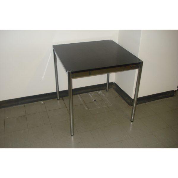 TISCH033_Schreibtisch Quadrat